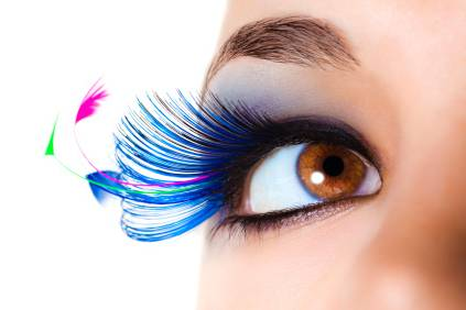 Unique Eyelashes & Nails