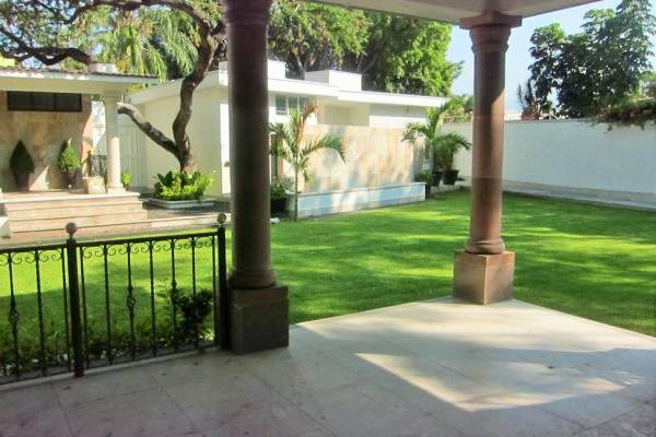 Jardín Yoli