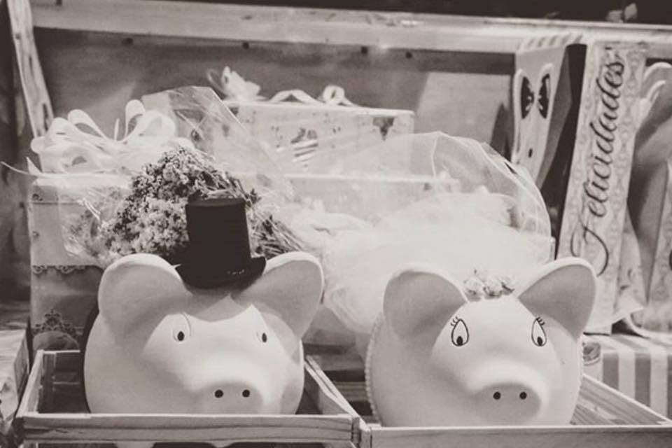 Penny Pigs Love