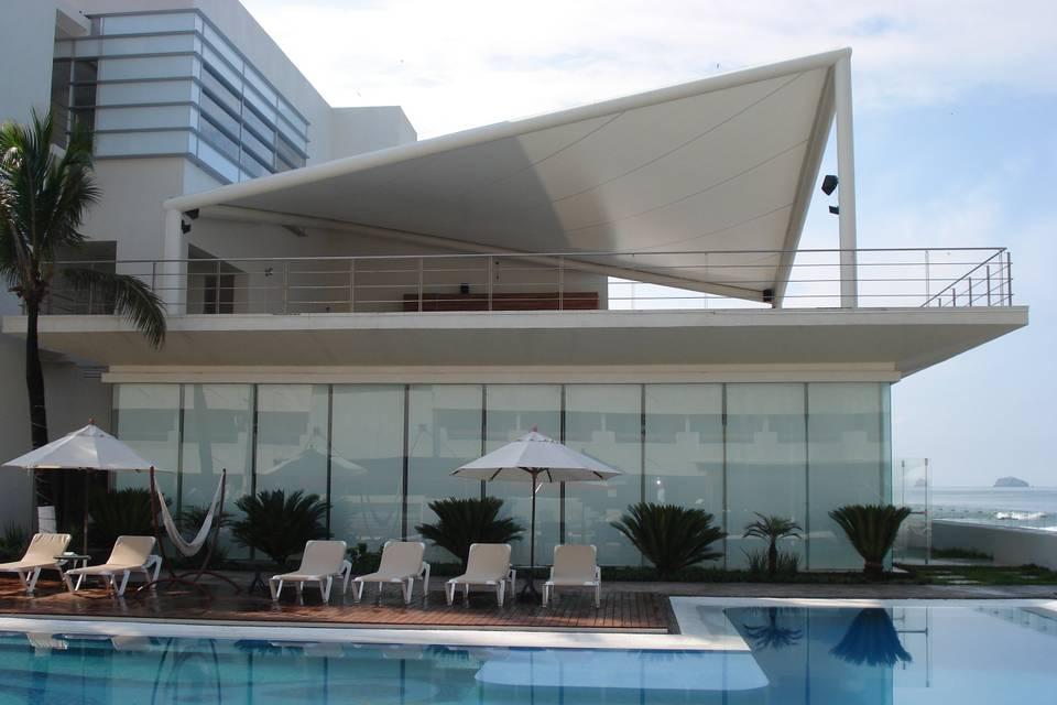 Salón pb y terraza 1er piso