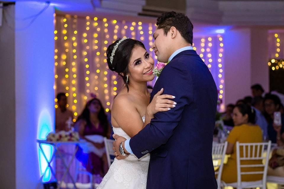 Erika + Ricardo