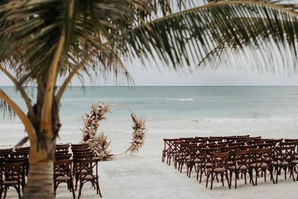 Ak'iin Beach Club