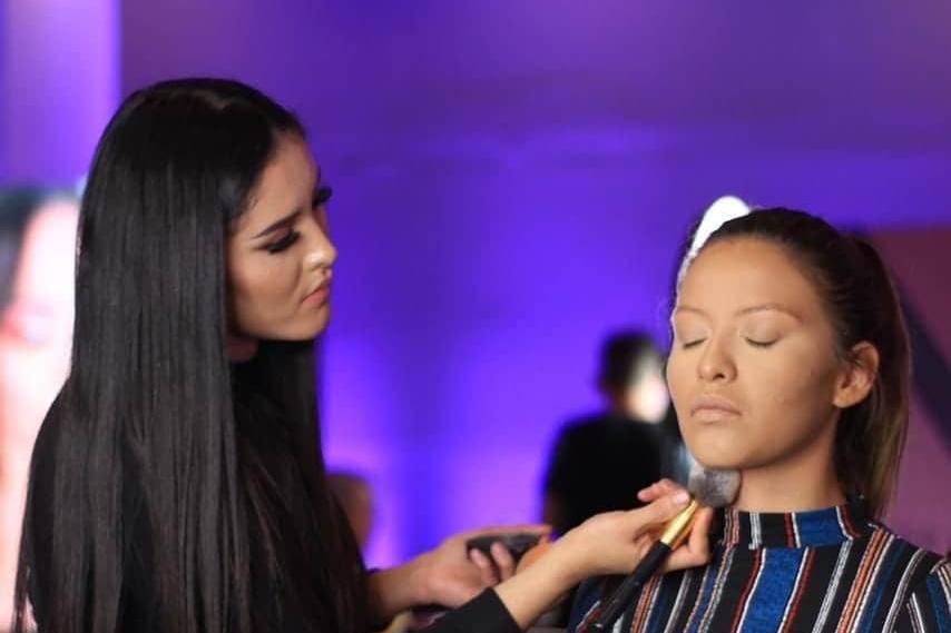 Perla Martínez Make Up Studio