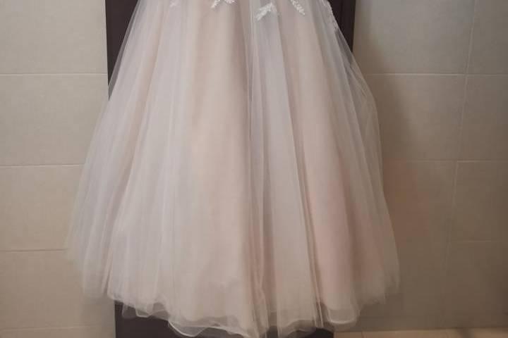 Vestido talla 4, color ivory
