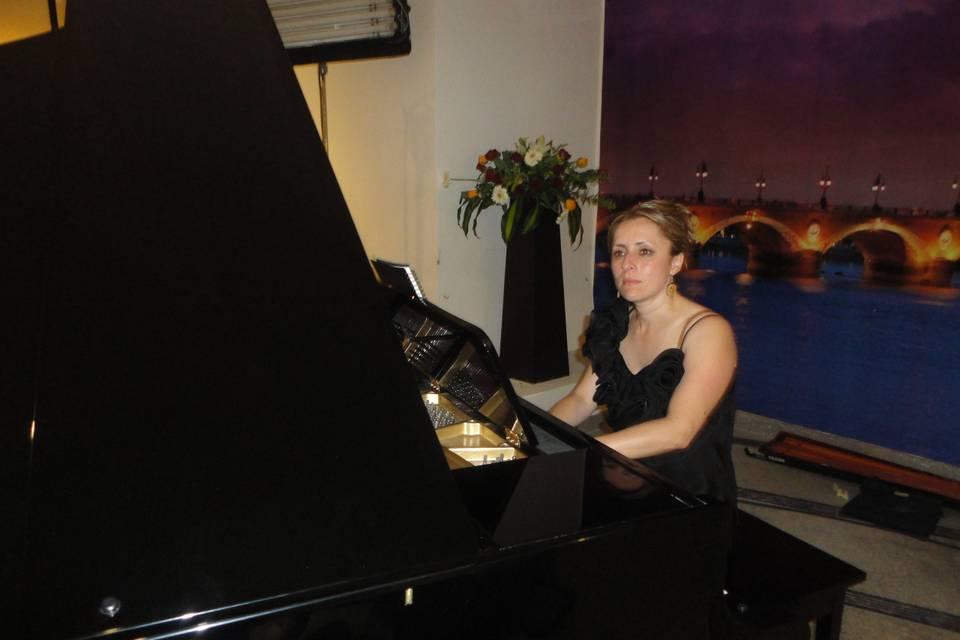 Noemí Pianista