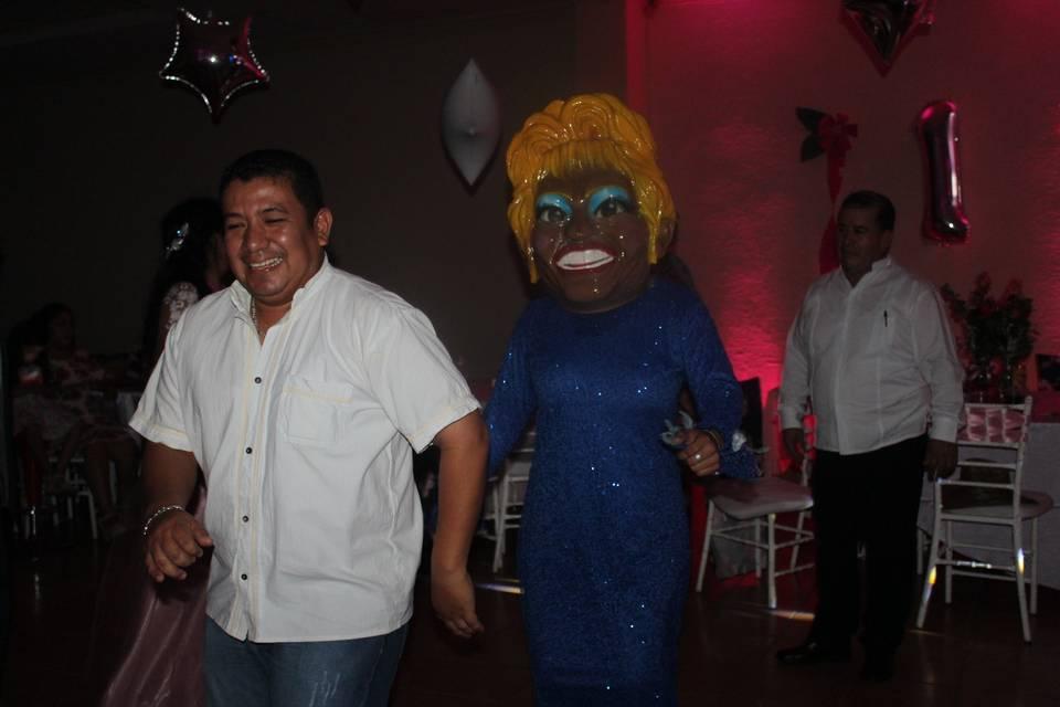 Show de cabezón Celia Cruz