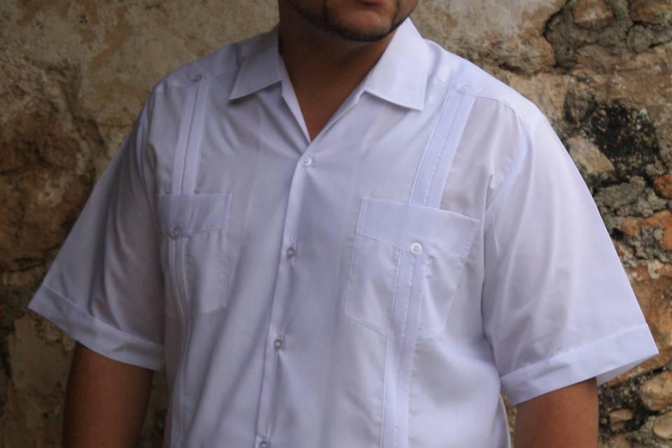 Guayabera modelo clásica