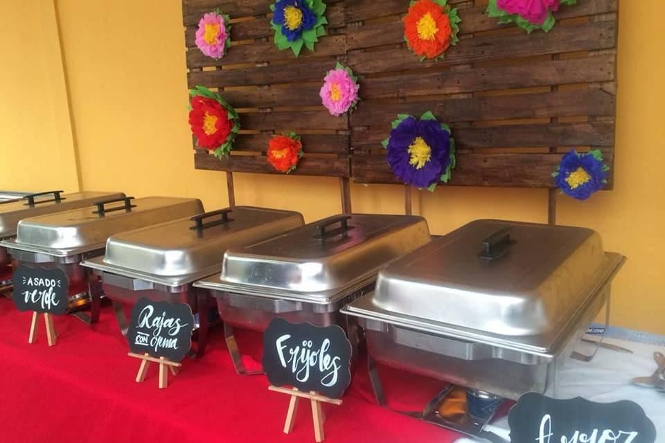 Lunetta Buffets
