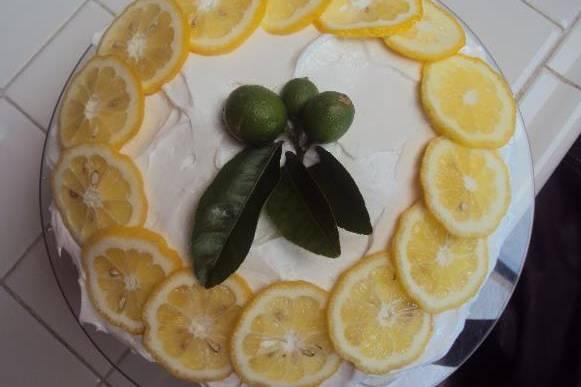 Delicioso pastel frutal