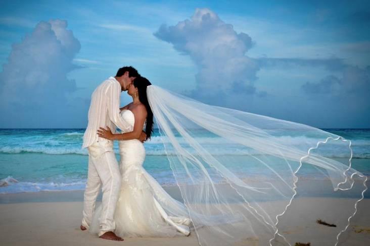 Allure Bridals - Monterrey
