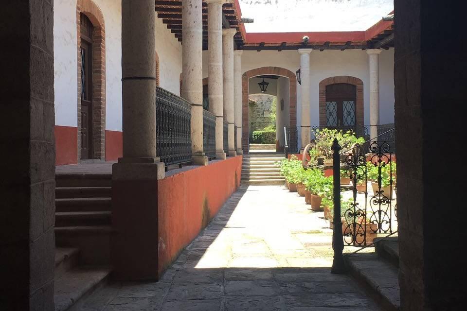 Patio central La Carreta