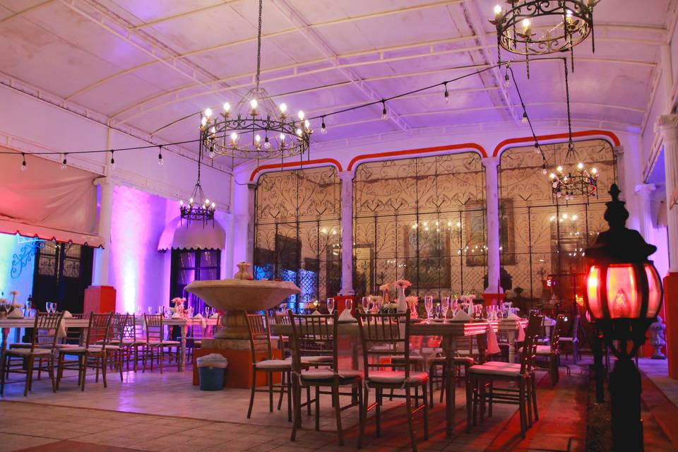 Banquetes y Eventos Dknt