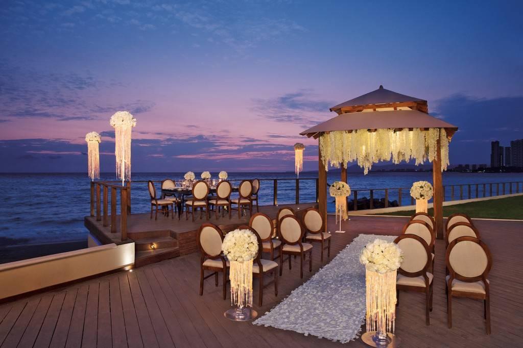 Hotel Now Amber y Secrets Vallarta Bay Puerto Vallarta