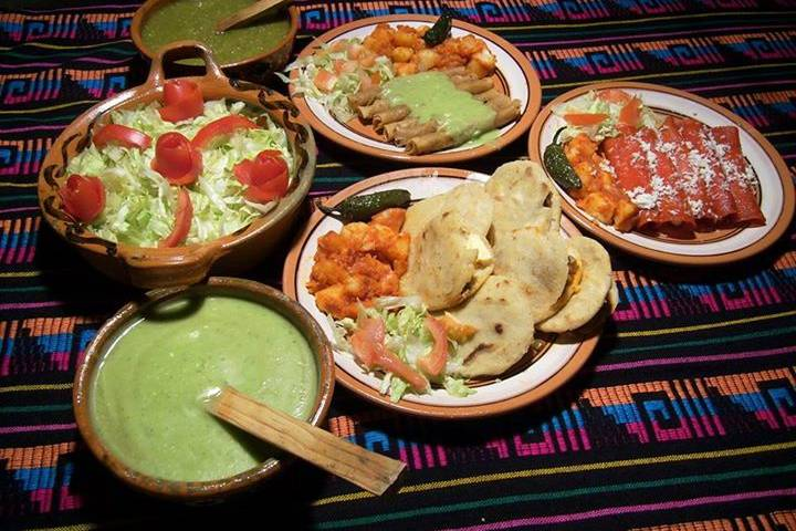 Takizas Banquetes Rossy