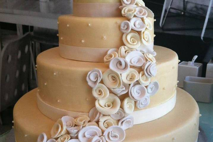 Pastel decorado