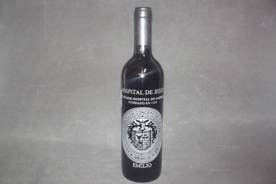 Botella grabada