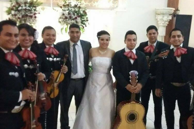 Mariachi Gala de Victoria