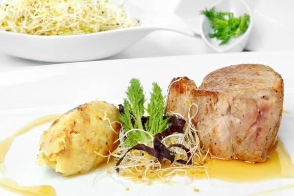 Banquetes & Delicias