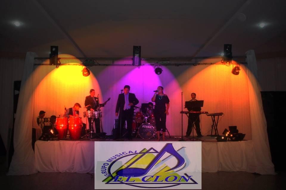 Grupo Musical El Clon