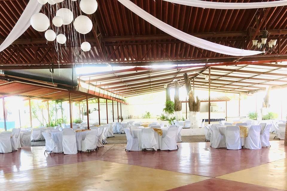 Balneario y Salón Rancho Alegre