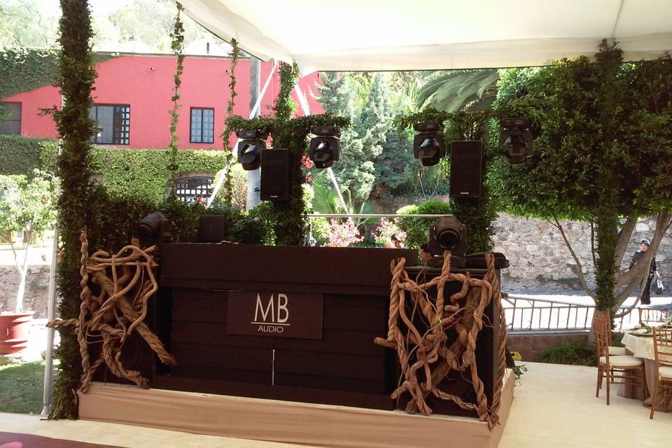 MB Audio DJ
